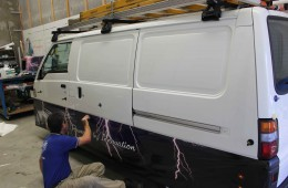 21st Century 1 – a full vehicle wrap begins